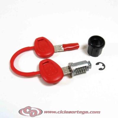 Cerradura standard Z140R para baules Givi