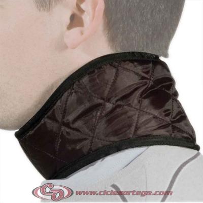 Protector térmico para cuello ergonómica TC400 de GIVI