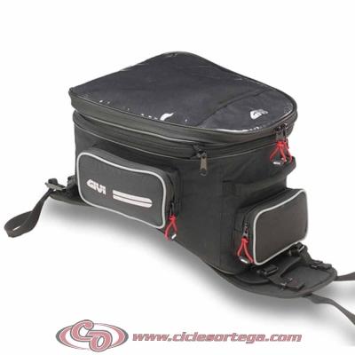 Bolsa sobredepósito universal con base extraible Trail EA110B Easy Range de Givi
