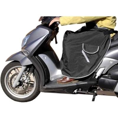 Cubrepiernas manta térmica con bolsillo 102002 Universal de KUM