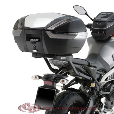Kit Anclajes Givi 2115FZ + M5M para BAUL sistema monokey YAMAHA MT-09 2013-